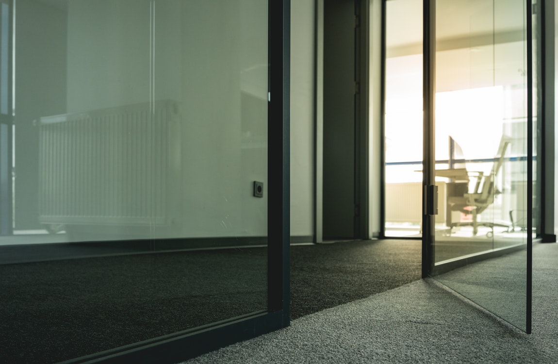 Finding the Right Professional Carpet Cleaners for Commercial Use