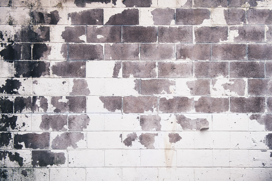 Insight On Knowing When To Repaint Your Home